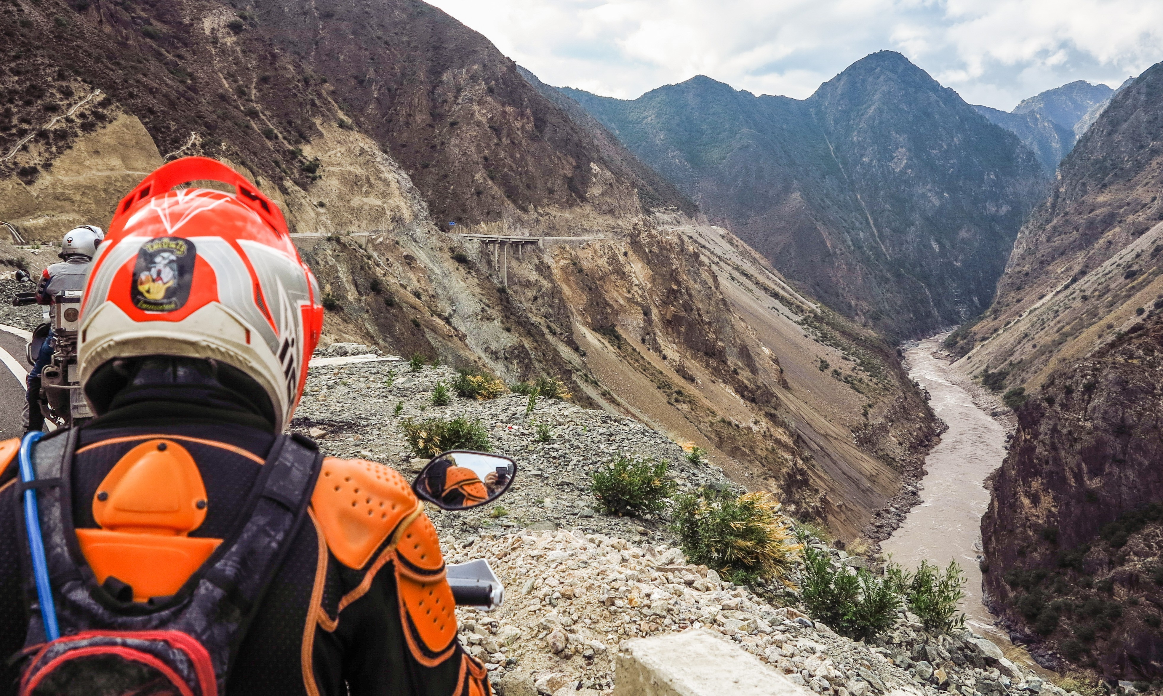 Thailand to Nepal motorcycle tours with Motoasia. Travel Thailand to Nepal, adventure riding across China and passing through Everest Base Camp.