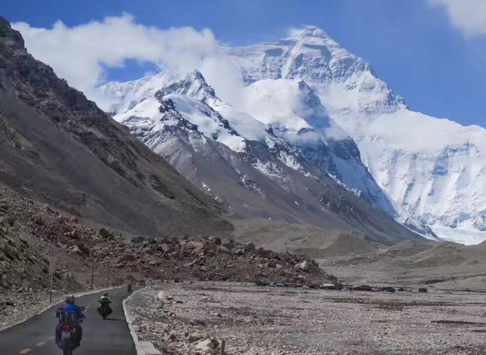 Everest Base Camp motorcycle tour